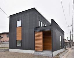 収納たっぷりの高性能R+ハウス