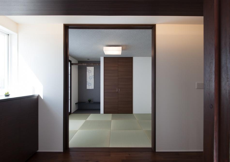 和室もしっくり、空間を感じさせるデザイン。