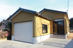 インナーガレージのある平屋 | 注文住宅 新築施工事例