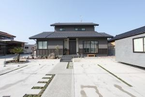 70坪こだわりの三世帯住宅 | 新築一戸建て 建築事例