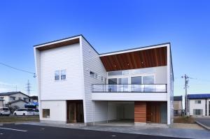 空と暮らす家