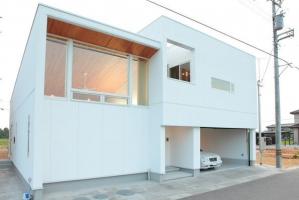 M・Y HOUSE