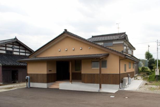 玄関 富山木の家 北岡工務店