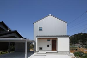 石川県 穴水町 YO 様邸 | パッシブ ZEH住宅 BELS評価 5つ星 HEAT20 G2グレード