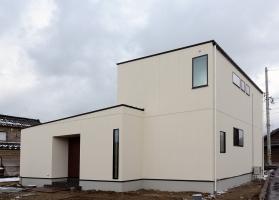 コンパクト二世帯の高性能住宅