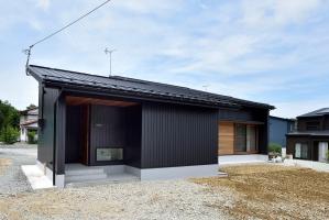 開放的な平屋の住まいを叶えた高性能住宅