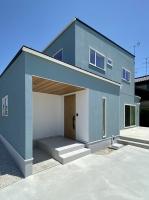 白を基調としたシンプルデザインの高性能住宅