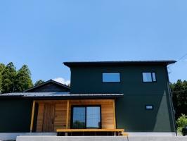 自然に囲まれた暮らしができる高性能住宅