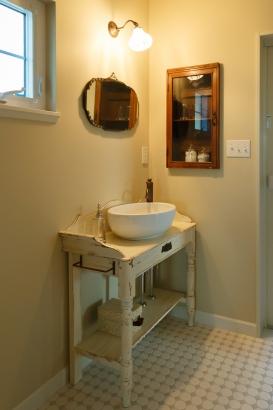 アンティーク洗面台、輸入水栓金具