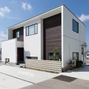 建築家と建てる家を身近に、手軽に!お客様の理想のライフスタイルをデザインする、それがRプラスハウスです。