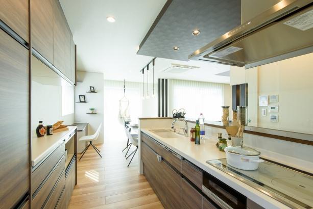 メープルホームキッチン