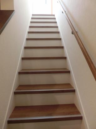 15段のゆったり階段