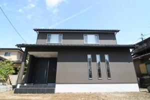 大きな吹抜けのあるリビング階段の家 | 小松市 注文住宅 和モダン