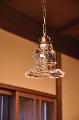 ガラス作家さんによる手作りの照明
