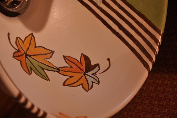 お二人の想い出を描いたオンリーワンの手洗い鉢