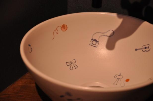 お二人の想いをちりばめた手洗鉢
