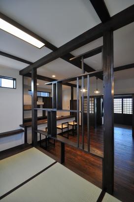 デザイン性のある飾り棚