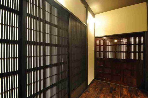 大阪格子戸と蔵戸