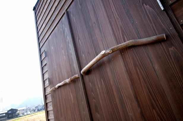 オーダーメイドのガレージドア