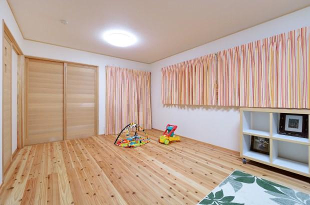 子供室は将来的に仕切れるように。