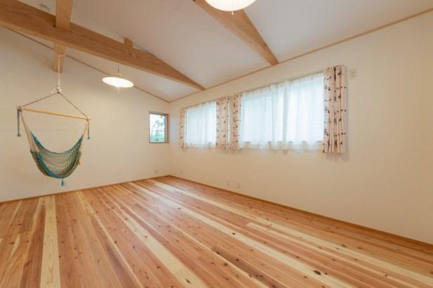 2部屋分を1部屋とした子供室