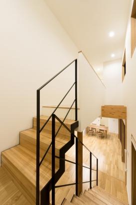 フロア階段