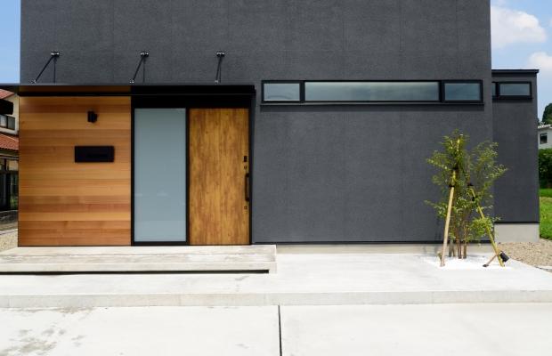 石川県金沢市 注文住宅 新築一戸建て 玄関