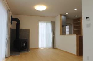 自然素材の家 暖炉のある家